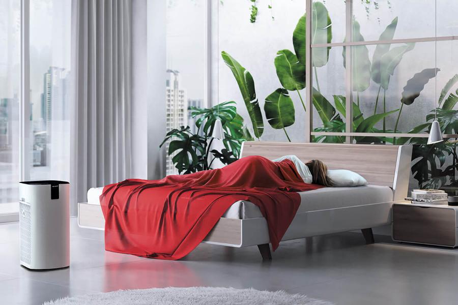 Oczyszczacz powietrza Toshiba w sypialni