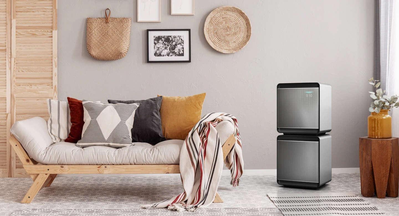 Oczyszczacz Samsung AX47R9080SS Cube w salonie