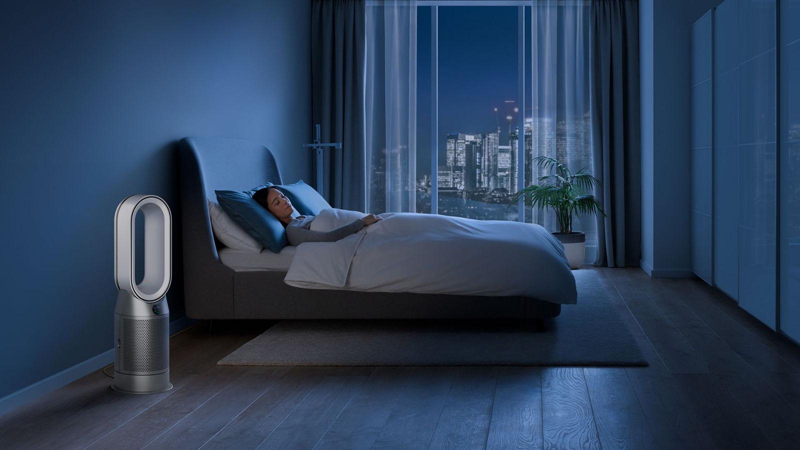 Dyson Pure Hot + Cool HP04 w sypialni