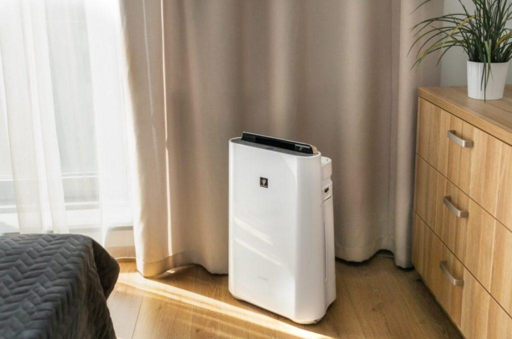oczyszczacz powietrza z jonizacja - Sharp KC-D40EUW - homespot-pl (1)